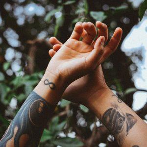Escolher tatuador - Minimal Ink